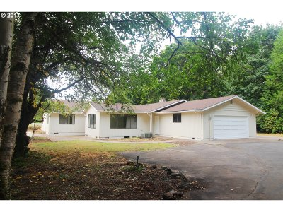 Springfield Single Family Home For Sale: 38461 McKenzie Hwy
