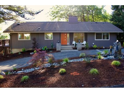 Portland Single Family Home For Sale: 2145 NW 124th Ave