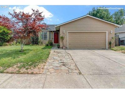 Hillsboro Single Family Home For Sale: 1332 SE 74th Ave