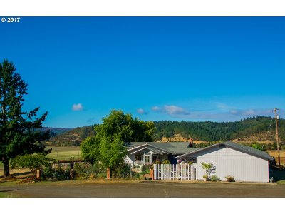 Sutherlin OR Single Family Home For Sale: $445,000