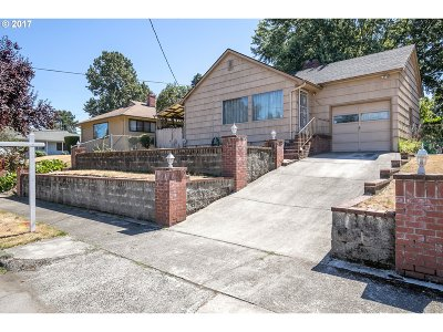 Portland Single Family Home For Sale: 3326 NE Liberty St