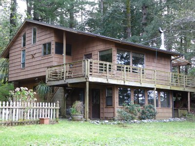 Gold Beach Single Family Home For Sale: 30218 Hummingbird Hill Rd