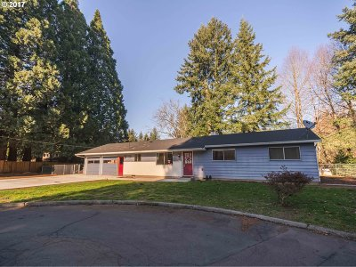Tigard Single Family Home For Sale: 9635 SW Hillview Ct