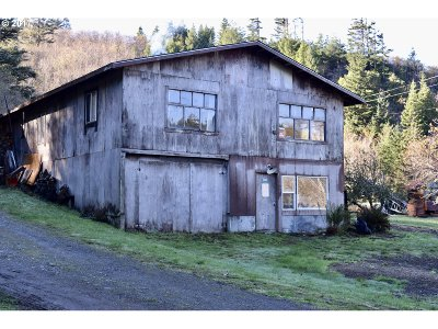 Gold Beach Single Family Home For Sale: 28188 Hunter Creek Rd