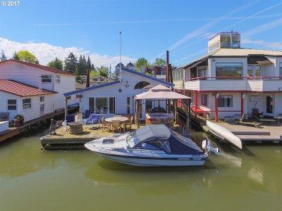 Portland Single Family Home For Sale: 205 N Bridgeton Rd #W-8