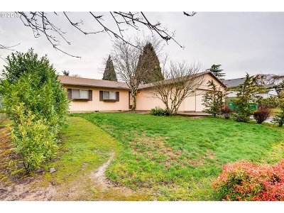 Tigard Single Family Home For Sale: 11190 SW 81st Ave