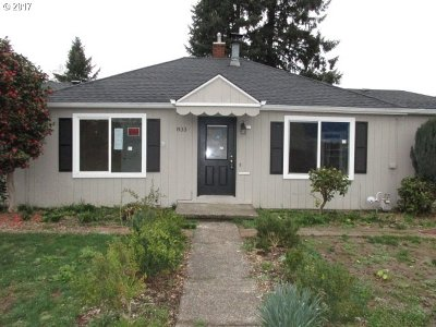 Hillsboro Single Family Home For Sale: 833 SE Walnut St