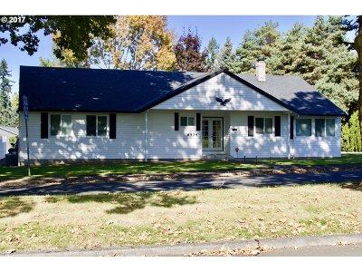 Beaverton Single Family Home For Sale: 6534 SW Skiver Dr