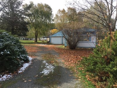 Cove OR Single Family Home Pending: $64,900
