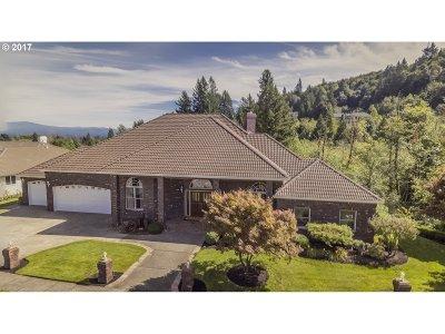 Gresham Single Family Home For Sale: 4200 SE Augusta Loop