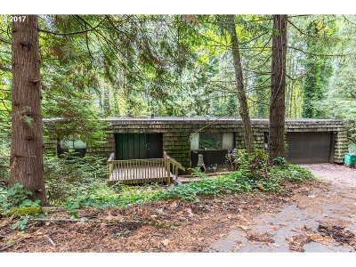 Portland Single Family Home For Sale: 1682 SW Maplecrest Dr