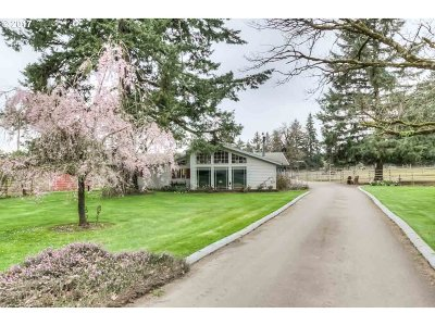 Aumsville Single Family Home Sold: 8388 Rocking Horse Rd