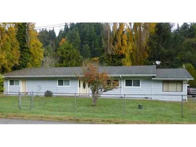 Gold Beach Single Family Home For Sale: 94481 Meyers Rd