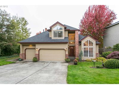 Happy Valley, Clackamas Single Family Home For Sale: 12159 SE Wagner St