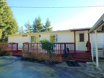 Bandon Single Family Home For Sale: 89292 Leeward Ln