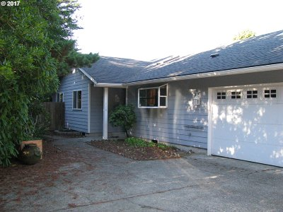 Florence OR Single Family Home For Sale: $254,500