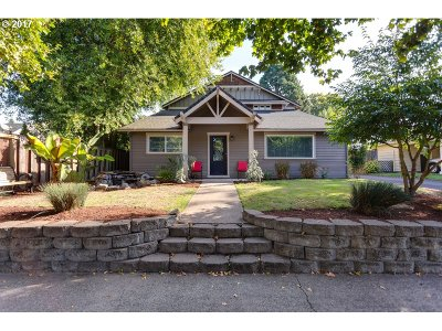 Single Family Home For Sale: 5520 SW Main Ave
