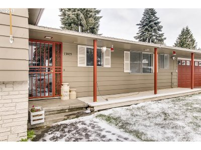 Happy Valley, Clackamas Single Family Home For Sale: 13405 SE Lucille St