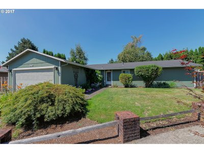 Gresham Single Family Home For Sale: 767 SW Orchard Pl