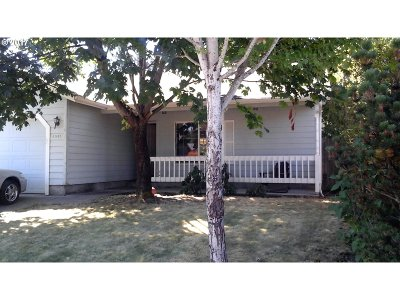 Springfield Single Family Home For Sale: 4985 Forsythia St