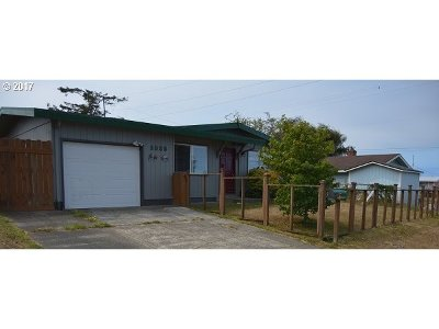 Coos Bay Single Family Home For Sale: 1025 Garfield Ave