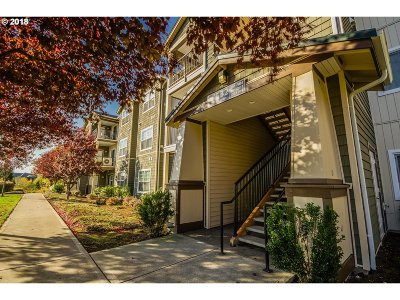 Hillsboro, Cornelius, Forest Grove Condo/Townhouse For Sale: 18532 NW Holly St #301