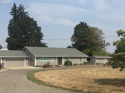 McMinnville Single Family Home For Sale: 7025 SE Booth Bend Rd