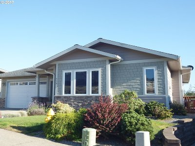 Coos Bay Single Family Home For Sale: 958 Inlet Loop
