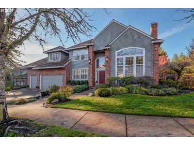 West Linn Single Family Home For Sale: 2575 Beacon Hill Dr