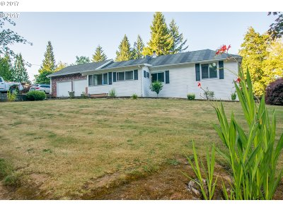 Multnomah County, Washington County, Clackamas County Single Family Home For Sale: 28480 NW Capehorn Rd