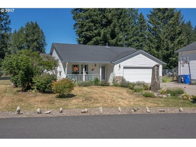 Lyons Single Family Home Sold: 209 Ironwood Ct
