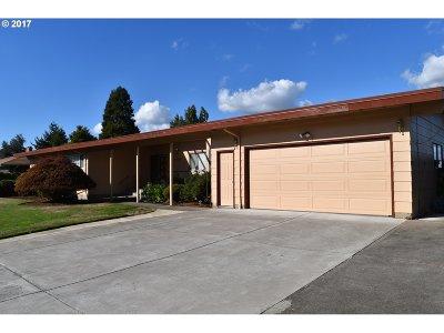 Single Family Home For Sale: 12435 NE Rose Pkwy