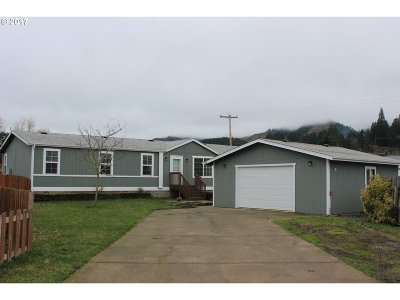Sutherlin Single Family Home For Sale: 172 Rainbow Ct
