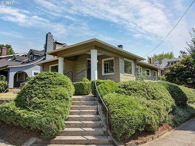 Single Family Home For Sale: 3904 NE Laddington Ct