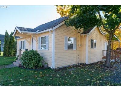 Cornelius Single Family Home For Sale: 1349 N Adair St