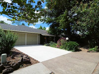 Aloha OR Single Family Home Sold: $340,000
