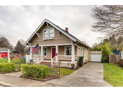 Wilsonville, Canby, Aurora Single Family Home For Sale: 361 SW 2nd Ave