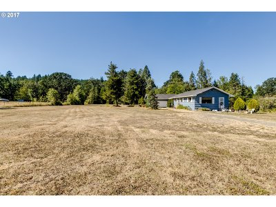 Cottage Grove Single Family Home For Sale: 77430 Hwy 99