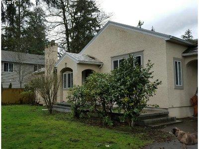 Single Family Home For Sale: 11847 SE Powell Blvd
