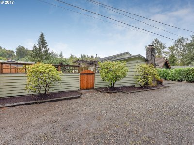 Troutdale OR Single Family Home For Sale: $389,000