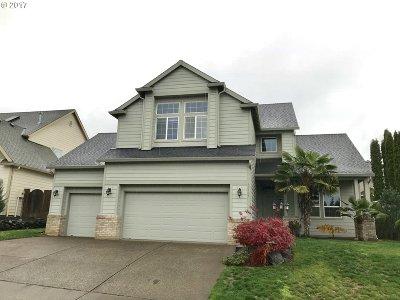 Clackamas Single Family Home For Sale: 12765 SE Normandy Dr