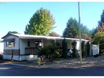 Eugene Single Family Home For Sale: 4800 Barger Dr Space 77 #77