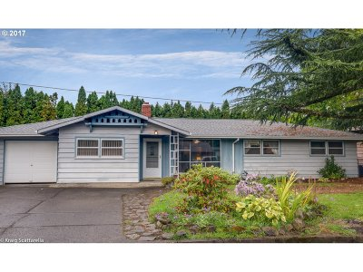 Single Family Home For Sale: 13529 SE Clay St