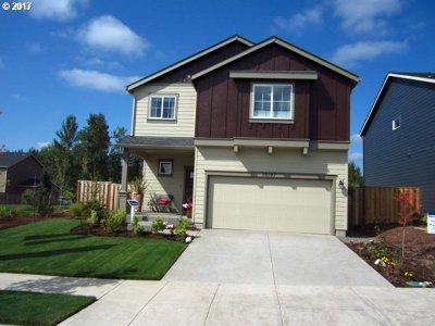 Happy Valley Single Family Home For Sale: 17024 SE Rhododendron St