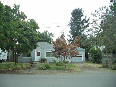 Keizer Single Family Home For Sale: 4650 Harcourt Ave