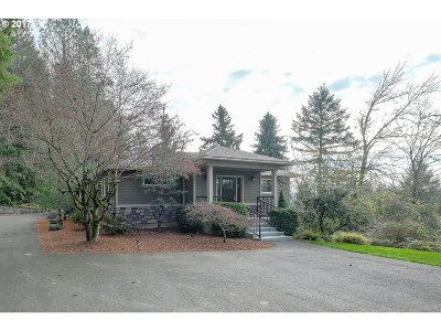 Portland Single Family Home For Sale: 3200 SW Scholls Ferry Rd