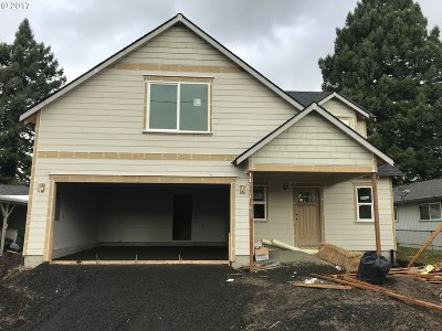 Newberg, Dundee Single Family Home For Sale: 1557 E 3rd St