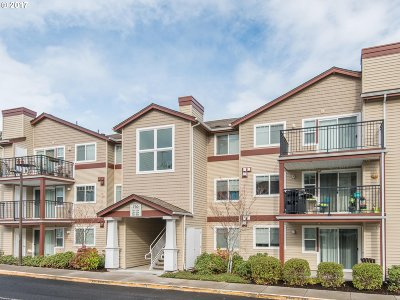 Beaverton, Aloha Condo/Townhouse For Sale: 790 NW 185th Ave #304