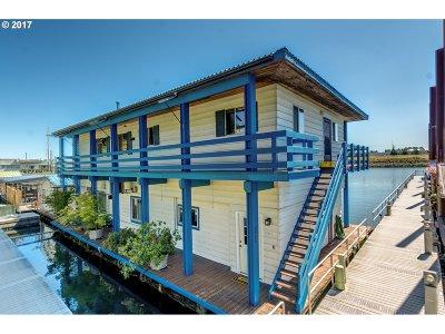 Portland Single Family Home For Sale: 1751 N Jantzen Ave #1751