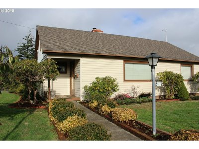North Bend Single Family Home For Sale: 2072 Wall